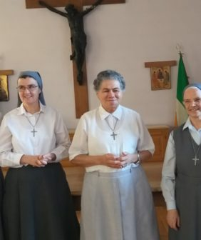 des-religieuses-du-saint-sacrement